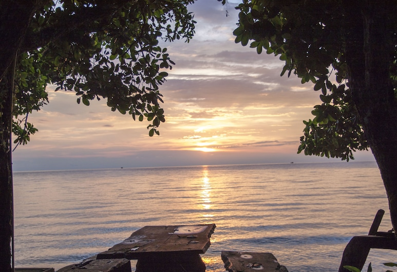 班娜凱穆克海灘酒店, 象島, 海灘