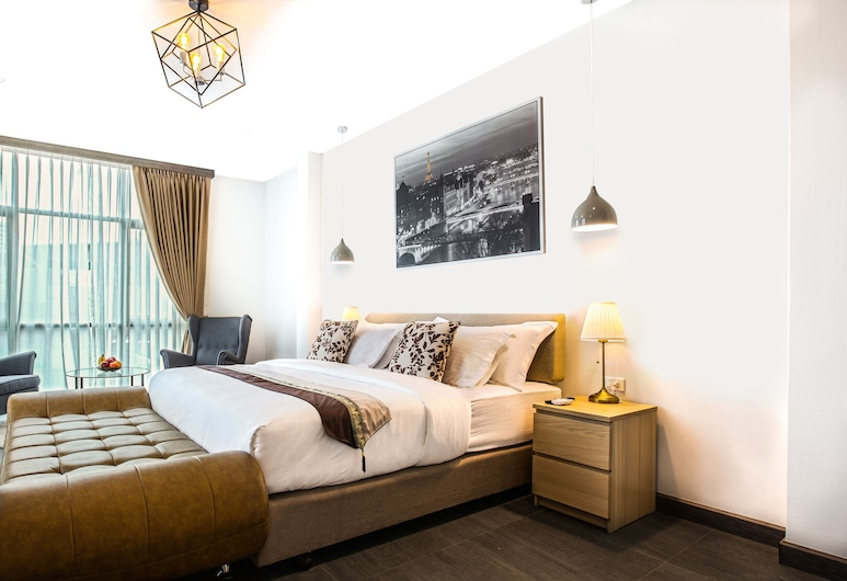 V 唯一驕傲素坤逸 24 號曼谷酒店, 曼谷