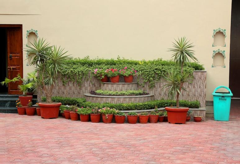 Vijaigarh kothi, Varanasi, Garden