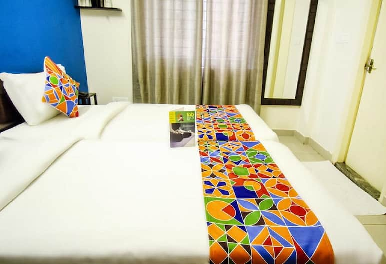 Hotel 12 Degrees West EGL, Bengaluru, Business Double Room, Guest Room