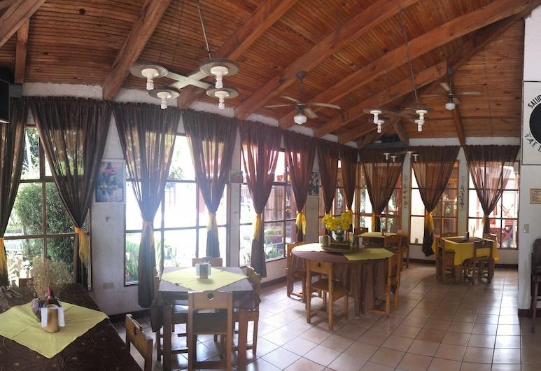 Chi-Ixim Eco Hotel, TacTic, Rezeption