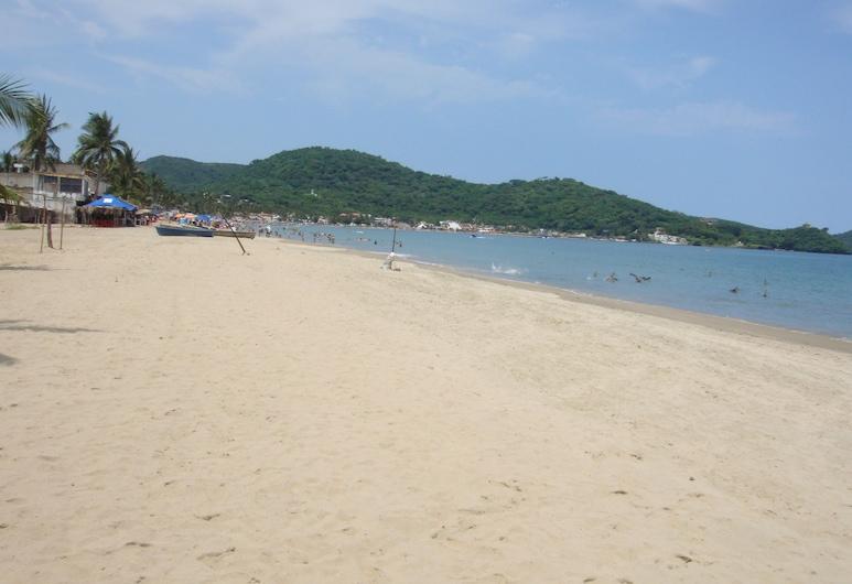 Casa Las Palmas Guayabitos 4 Hab / 4 Baños Jacuzzi ...a 2 Cuadras de la Playa!, Rincón de Guayabitos, Playa