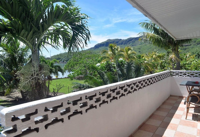Bora Vaite Lodge, Bora Bora, Apartment, 1 Bedroom (Fare Anoari), Balcony