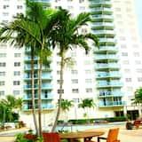 Lejlighed - 2 soveværelser - Udendørs pool