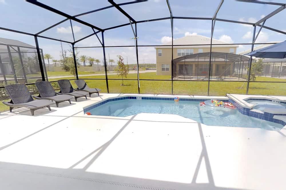 單棟房屋, 6 間臥室 - 室內泳池