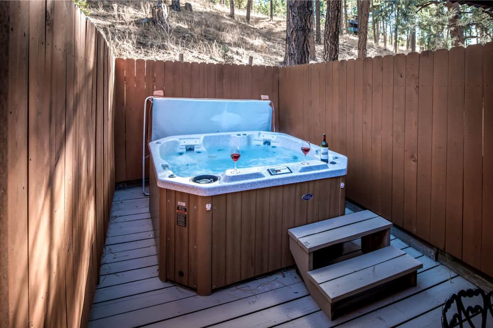 Townhome, 2 Bedrooms - Outdoor Spa Tub