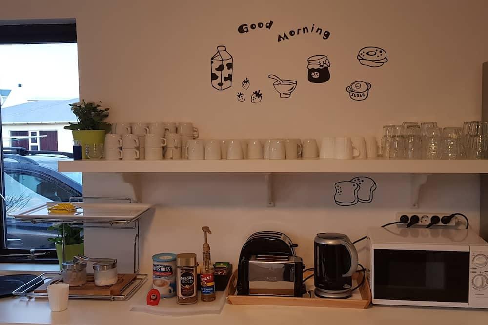 Quarto Triplo, Casa de Banho Privativa - Cozinha partilhada