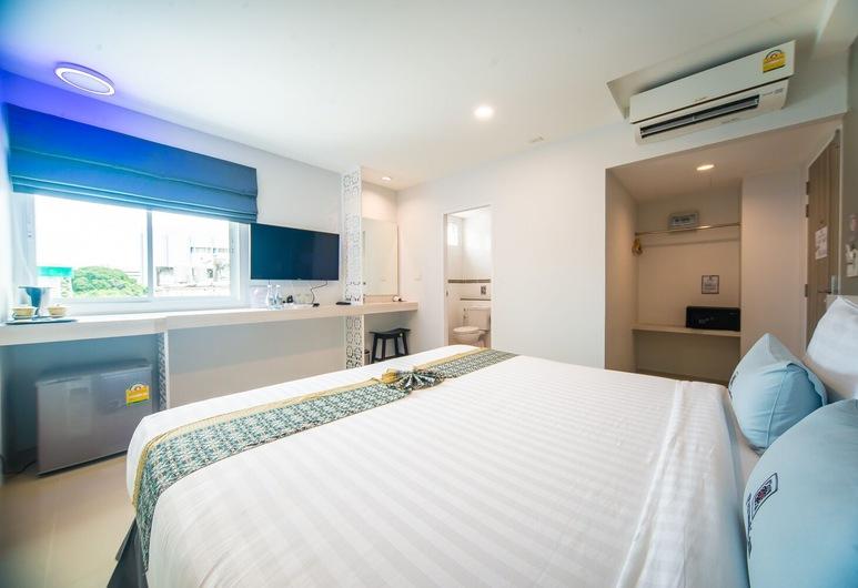 Peranakan Boutique Hotel, Phuket, Superior Double Room, Guest Room