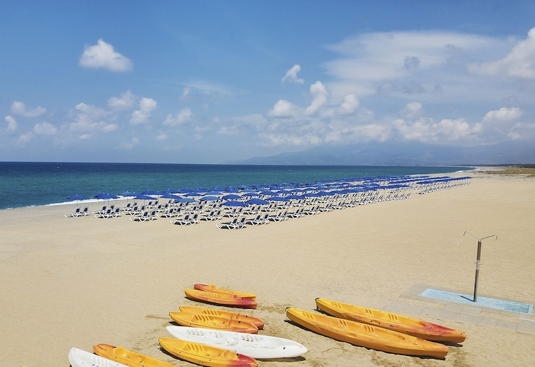 TUI MAGIC LIFE Calabria - All Inclusive, Pizzo, Beach