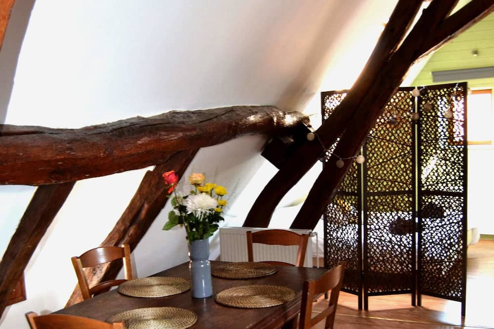 Cottage (Charme) - Ruang Tamu