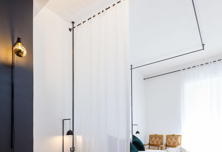 ALMA de Toledo Design Home Plebiscito, Napoli, Appartamento Luxury, balcone, vista città, Camera