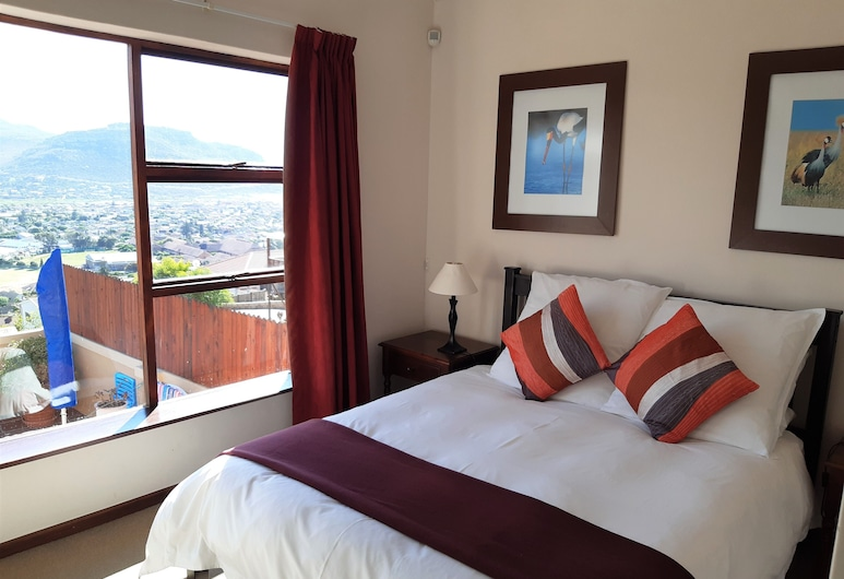 A Place in Thyme, Cape Town, Family Cottage, 2 Bedrooms, Partial Ocean View, Room