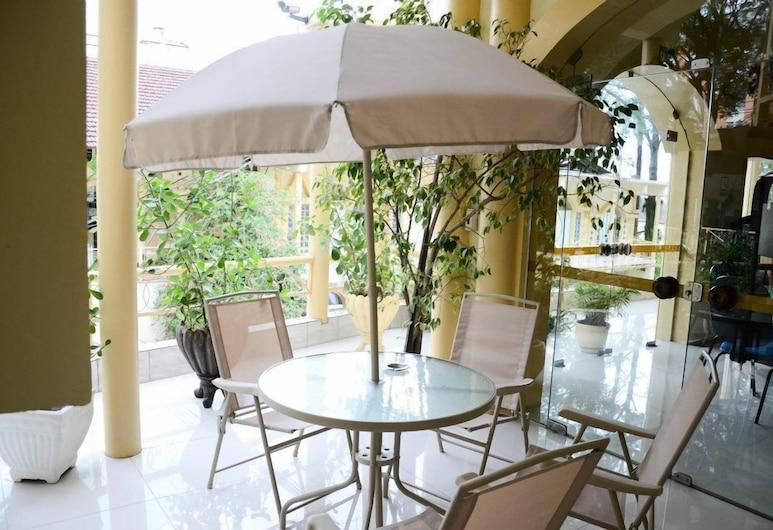 Soder Hotel, Santa Cruz do Sul, Priestory na sedenie v hale