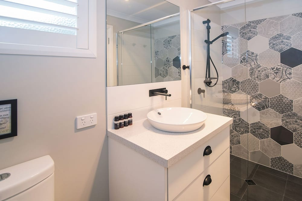 Comfort House, 2 Bedrooms, Garden View - Bathroom