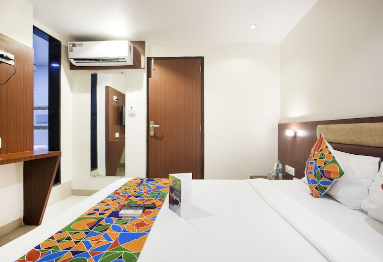 FabHotel Castle Inn, Mumbai, Deluxe Room, 1 Double Bed, Non Smoking, Guest Room