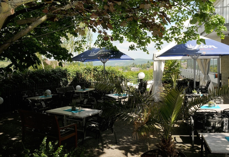 DAHL Hotel & Restaurant GmbH, Wachtberg, Terraza o patio