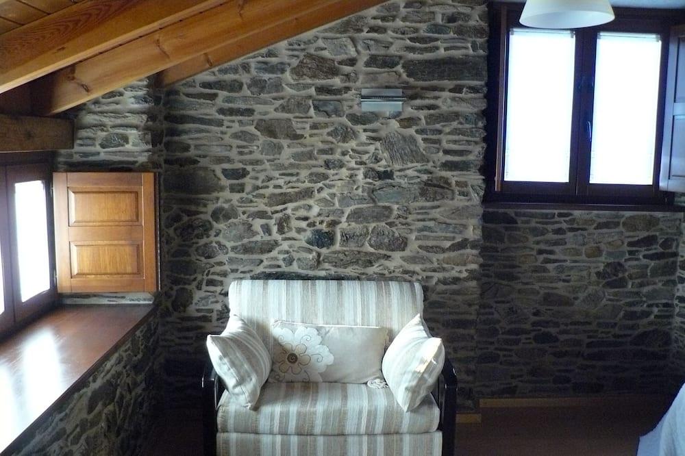 Superior - kahden hengen huone (Azabache) - Olohuone