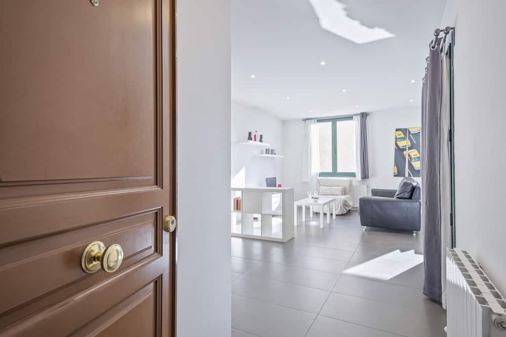 شقة - غرفة نوم واحدة (COMTAL 42) - الغرفة