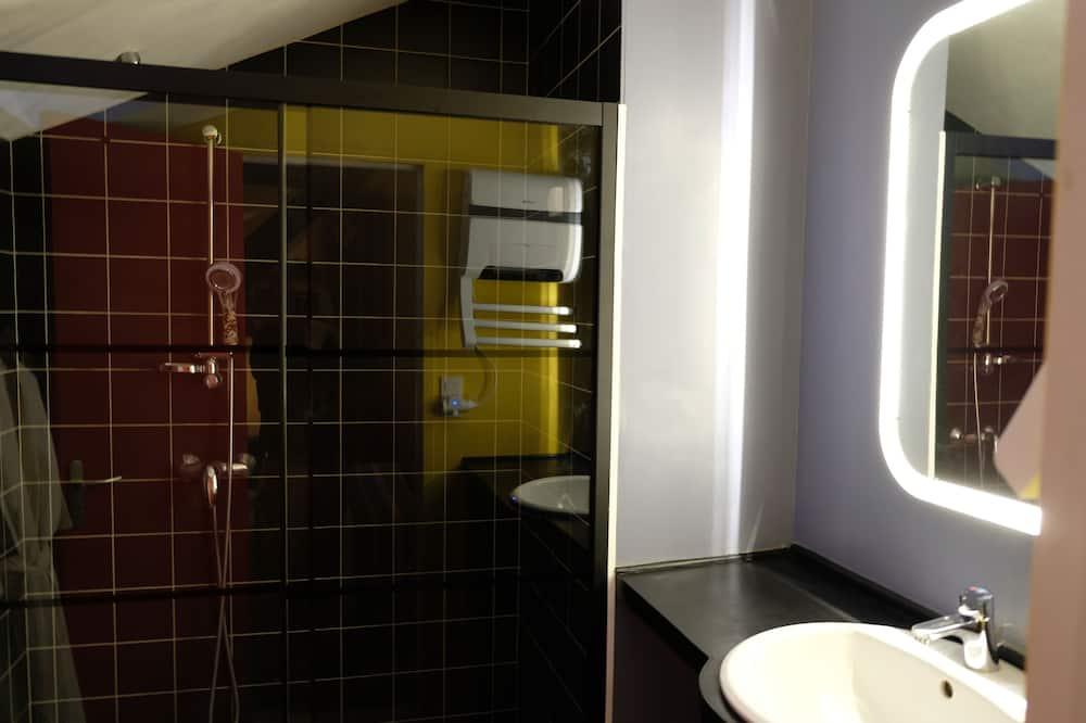 Suite Familiale, salle de bains privée - Salle de bain