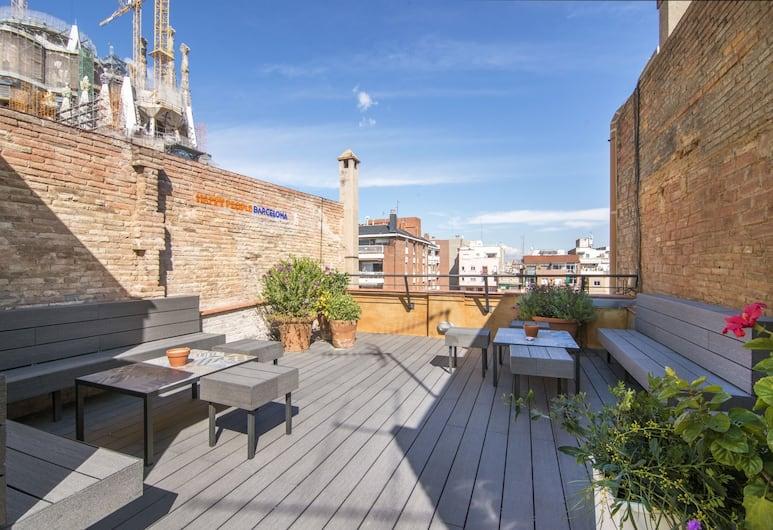 Happy People Sagrada Familia Gaudi, Barcelona, Teres/Laman Dalam