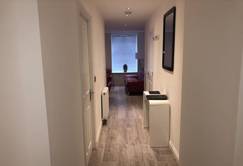 Chapel Apartments, Aberdeen, Koridor