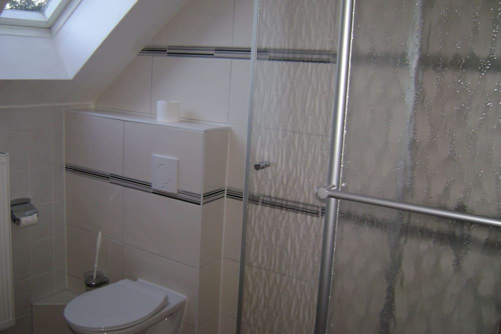 Doppelzimmer - Dusche im Bad