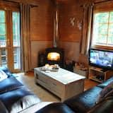 Comfort Chalet, 4 Bedrooms - Living Area