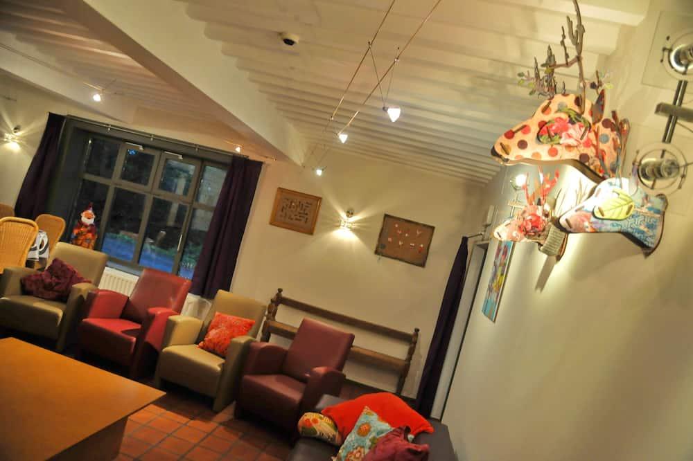Comfort Ev, Birden Çok Yatak Odası - Oturma Odası