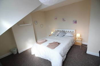 Picture of 2 Bed Family Home near Leeds City Centre in Leeds