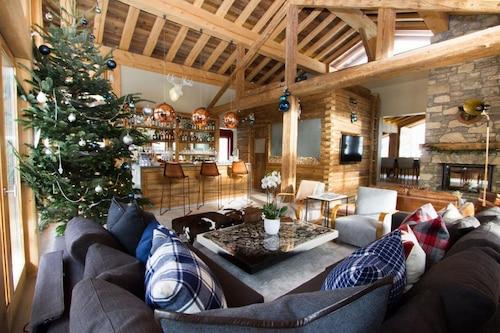 聖安滕木屋飯店