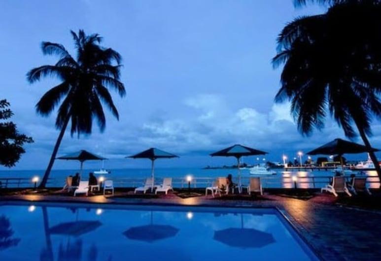 Solomon Kitano Mendana Hotel, Honiara, Garden