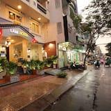 Lam Hotel
