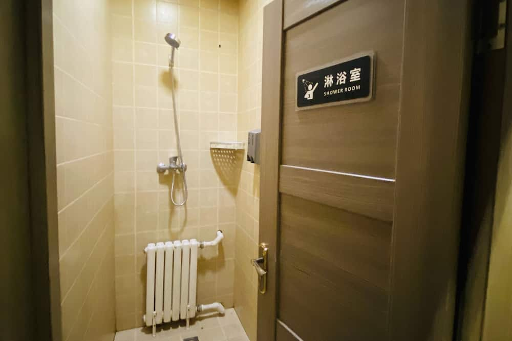 Bed in 4 Beds Dormitory - Bathroom