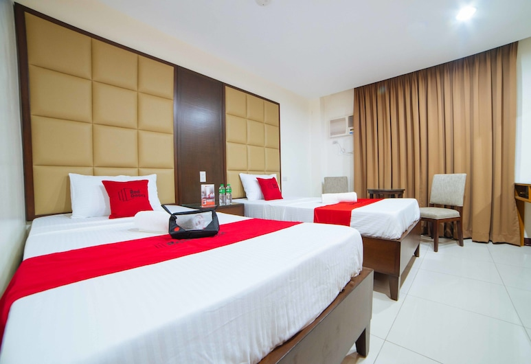 RedDoorz near Angeles University Foundation, Angeles City, Twin Room, Guest Room