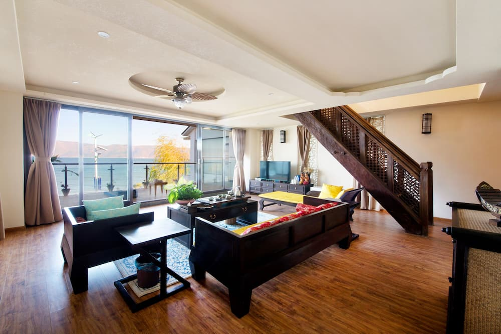 Loft, Sea View - Living Area