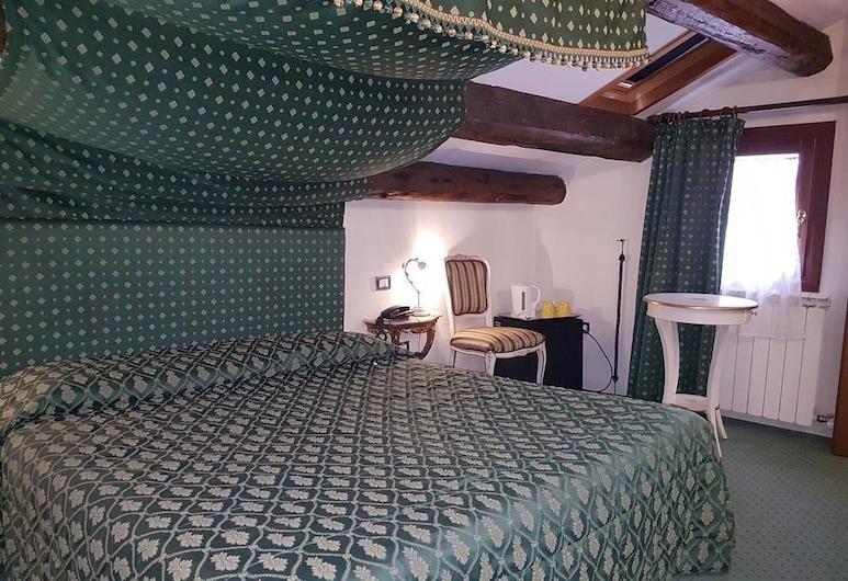 Hotel New Mezzo Pozzo, Venecija