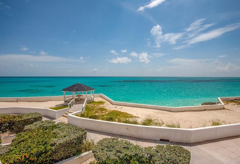Schooner's Landing Ocean Club - Ocean Front - Townhouse #3, Man-O-War Cay, Abaco, Man O War Cay, Beach