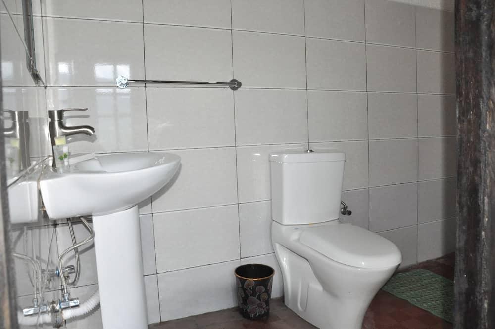 パノラミック ダブルルーム ダブルベッド 1 台 禁煙 マウンテンビュー - バスルーム