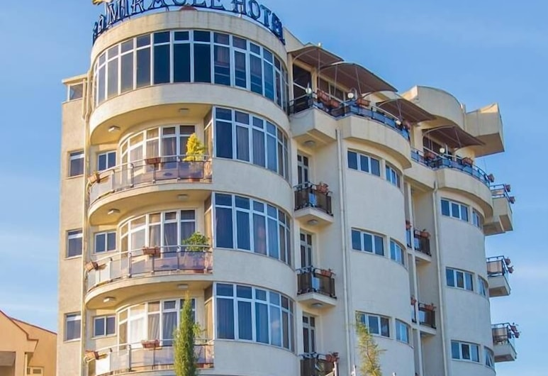 Miracle Hotel Addis Ababa, Addis Ababa, Hadapan Hotel