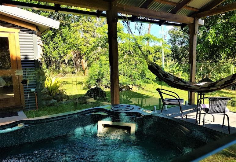 Palm Grove Rainforest Retreat, פאלם גרוב, אמבט ספא חיצוני
