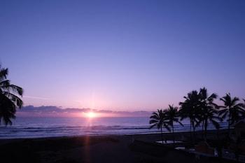 Cabarete bölgesindeki Oceanfront New Condo on the Beach resmi