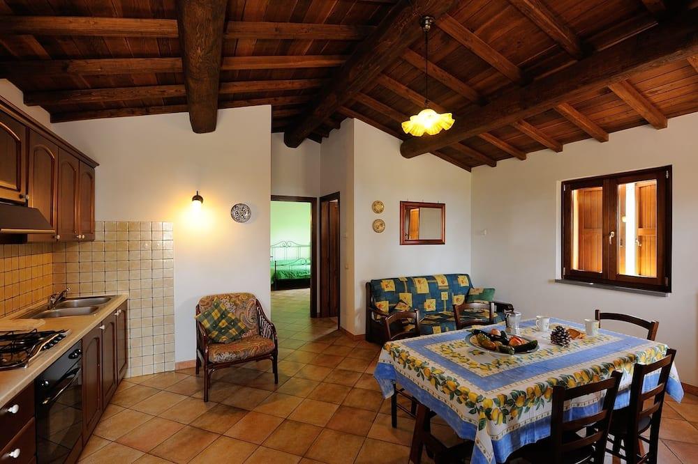 Panoramic House, 2 Bedrooms, Annex Building (Loc. Ripetta 155 B, Bolsena) - Living Room