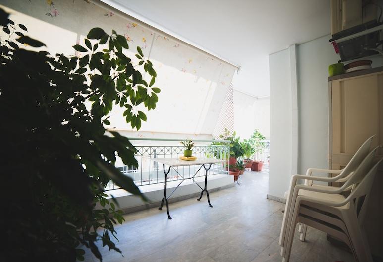 Apartment on Nikaias 5, Patras, Deluxe Apartment, 2 Bedrooms, Balcony