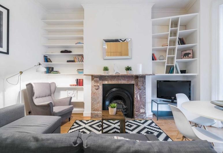 2 Bedroom Flat in West Kensington, Londres