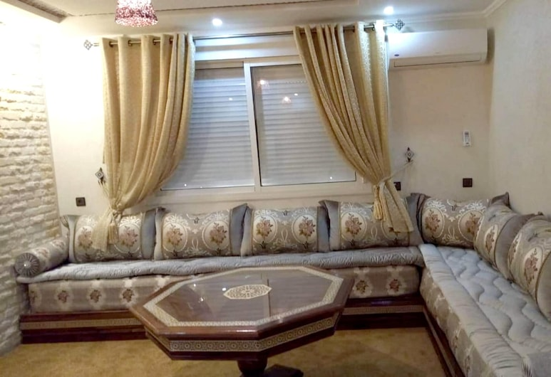 Apartment With 2 Bedrooms in Agadir, With Wonderful City View, Terrace and Wifi - 700 m From the Beach, אגאדיר
