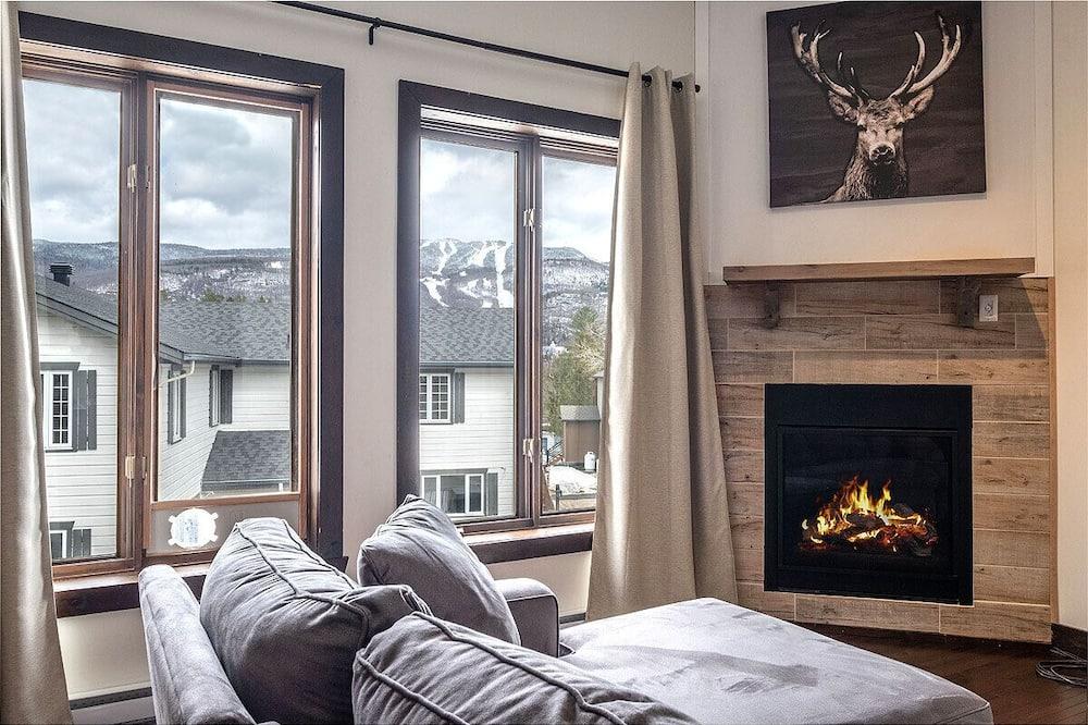 Nhà gỗ Deluxe, Nhiều giường, Không hút thuốc, Quang cảnh núi - Khu phòng khách