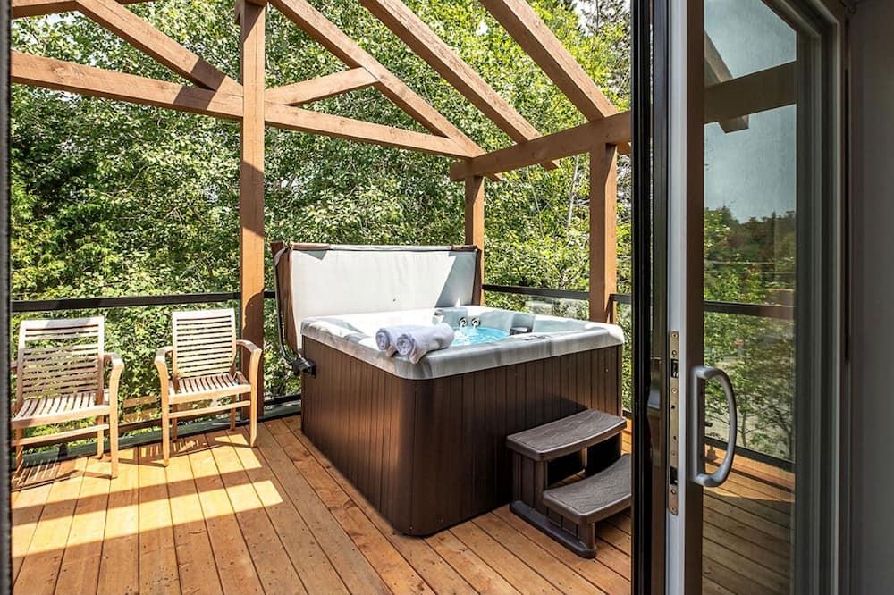 Comfort Chalet, Multiple Beds, Non Smoking - Terrace/Patio