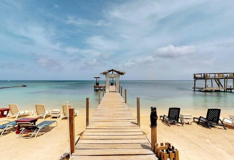 West End Dive Resort, Roatan, Plage