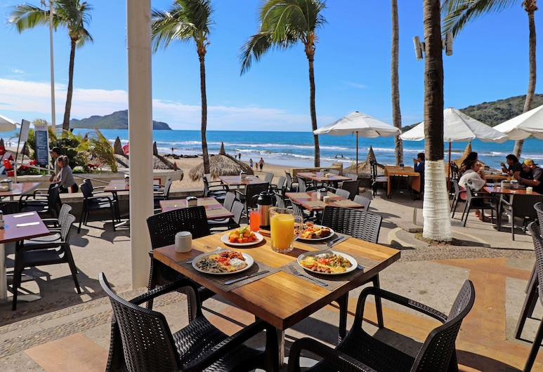 Oceano Palace Beach Resort - All Inclusive, Mazatlan, Terasa