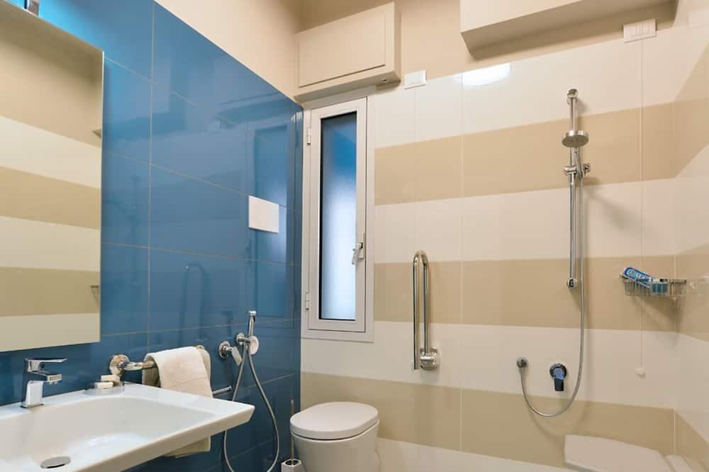 Διαμέρισμα, Θέα στον Κήπο, Ισόγειο - Μπάνιο